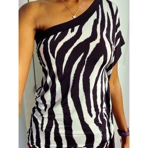 One Shoulder Zebra Print Top